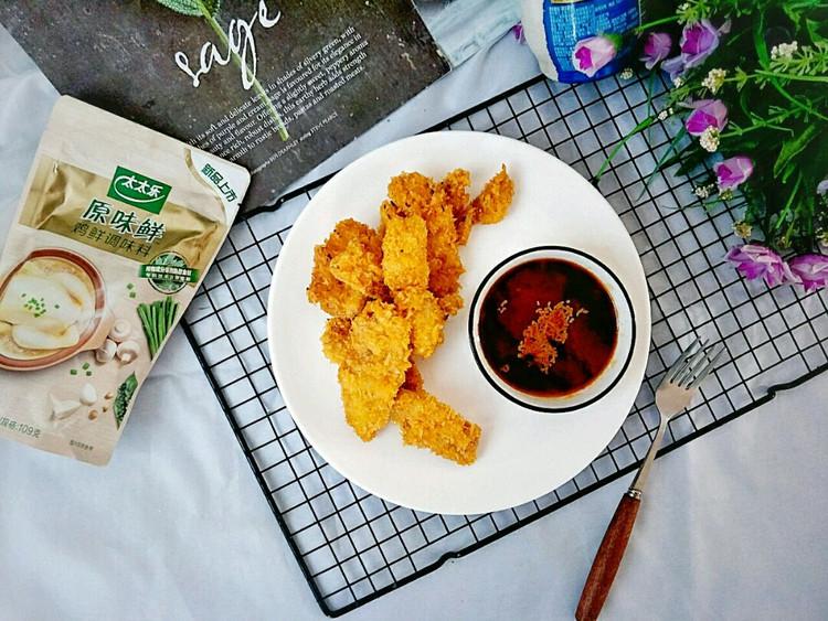 外焦里嫩口感丰富的炸鸡胸肉,蘸酱更美味,快来品尝啦~图3