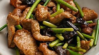 【过油肉】很多人肉片炒不好,这一步太重要!