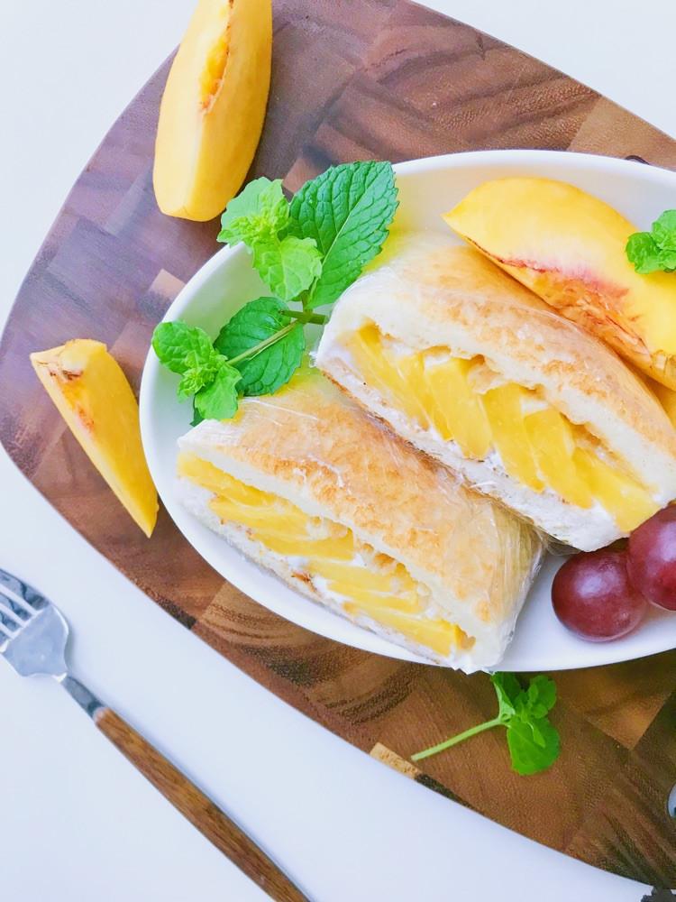 酸奶黄桃三明治🥪 吐司加水果好吃的不得了哦😁图4