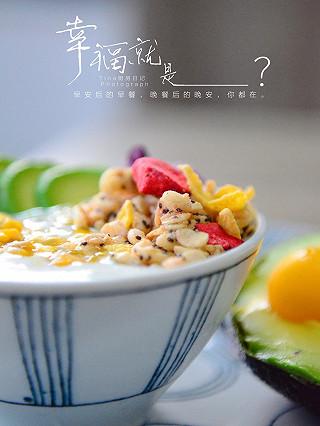 Tina厨房日记的百香果燕麦酸奶