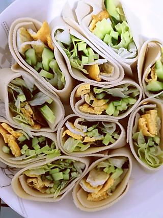 暖暖lhq的豆皮蔬菜卷