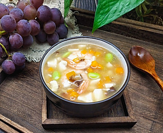 小圆的厨房的这碗汤羹不要错过,食材不贵,做法简单,吃出好气色