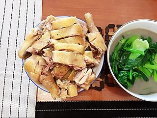 33vera的白斩文昌鸡蘸山柚油,椰奶鸡饭团🍙,结了糖心的凤梨,超甜