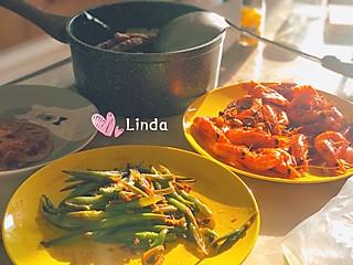 甜心Linda的来自阳光的眷顾