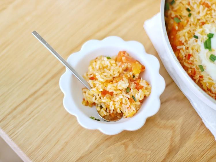 喵の早餐   有哪些用米饭做的好吃料理?第六款番茄炖饭窝蛋图6
