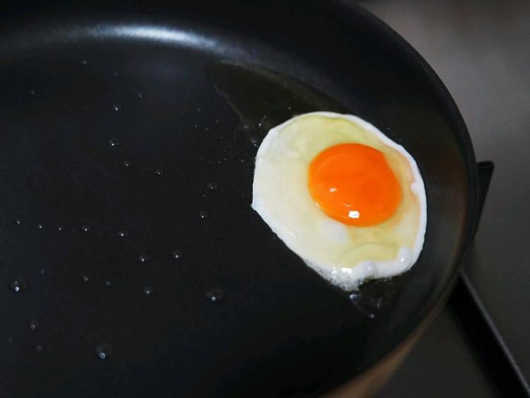 煎鸡蛋的小窍门,大家学起来!🍳图5