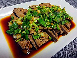 曦家吃货的卤猪肝自己卤来吃真的很健康。