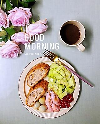 罗勒酱的完美的早晨☀️☀️美味早餐+绝美粉佳人🌹