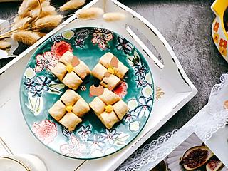育博木子妈的紫金花小面点+什锦沙拉+蒸南瓜