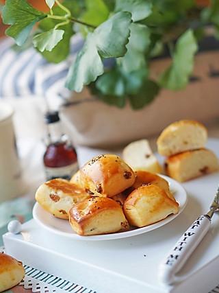 谱食物语的三文鱼牛油果拌饭、碧根果酸奶小面包#周五不外卖,好好在家吃!