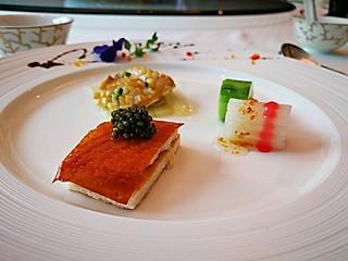 莽莽儿的粤菜新吃,探秘北京首家使用云南鱼子酱的中餐厅