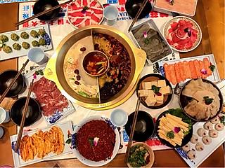 白白不想吃饭饭的三亚川味火锅探店--辣庄热销菜大集合