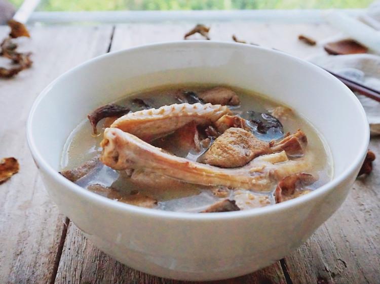 秋季养生汤小鸡炖山蘑,汤鲜肉嫩图7
