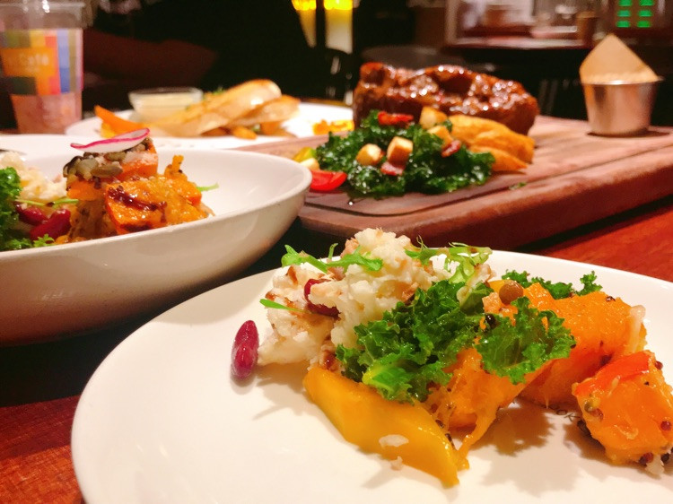 ⒹⒾⓃⓃⒺⓇ混搭salad、火焰牛、比目鱼扒19.6.19图1