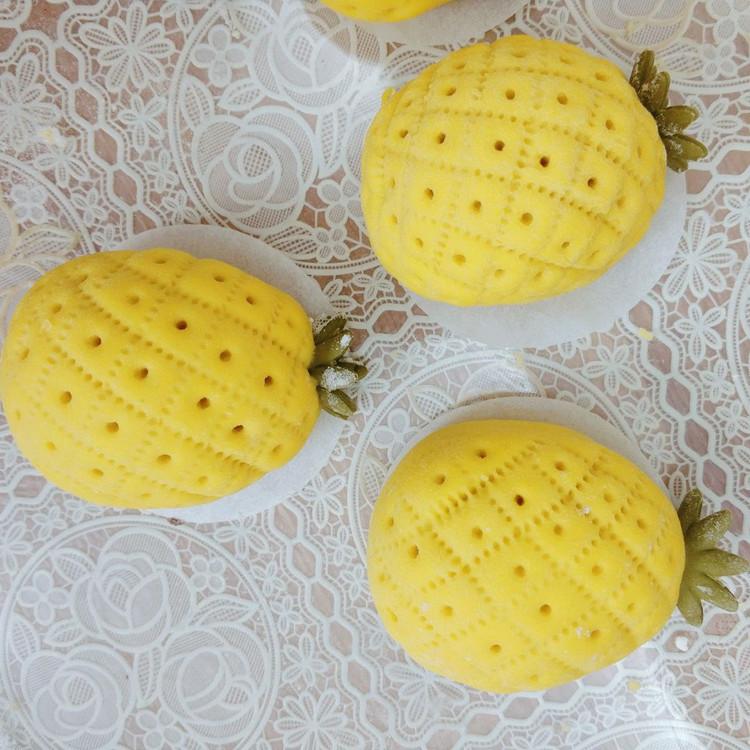 菠萝豆沙包图1
