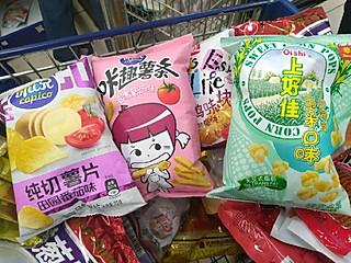 鱼日_小白的推荐我最喜欢的零食三剑客,冬天窝在家追剧必备~