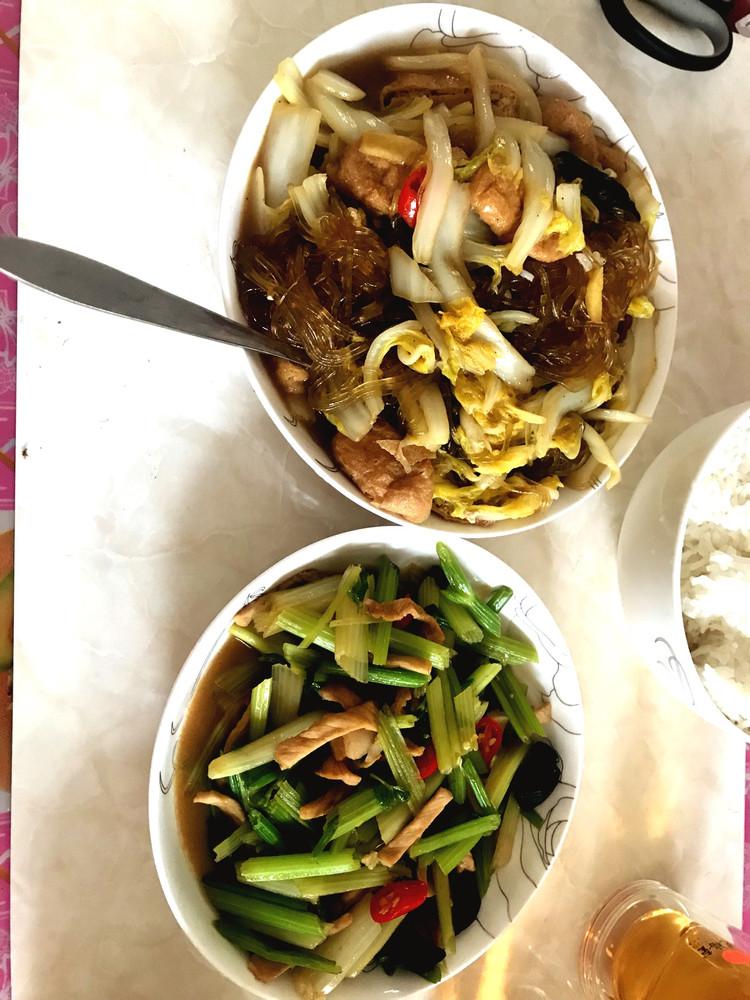 白菜炖粉条,芹菜肉丝图3