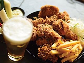 李振宁kiwi的想在泰国吃到正宗的韩国炸鸡吗?