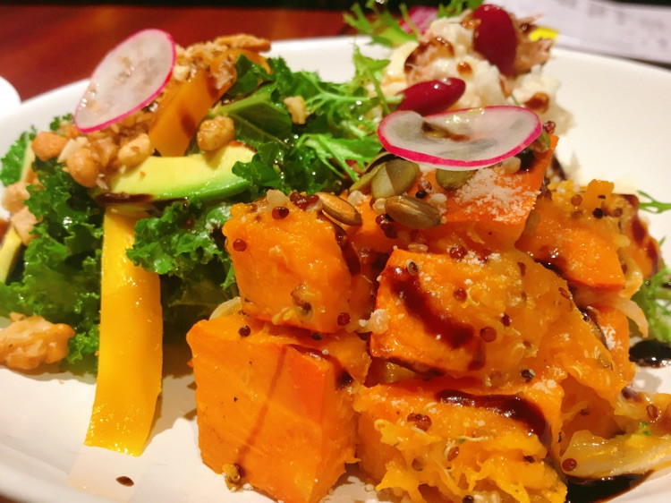 ⒹⒾⓃⓃⒺⓇ混搭salad、火焰牛、比目鱼扒19.6.19图3