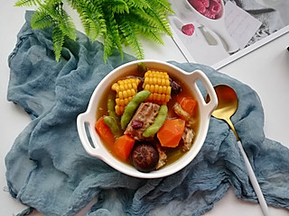 米粒爱奇异果的排骨玉米汤
