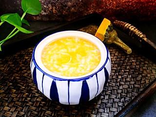北纬yhz的冷冷的天气来碗清甜又暖身的南瓜粥吧