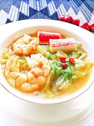 牛妈家的厨房的鲜香味美的白菜海鲜汤1汤2吃又能当做下饭菜味道真是好极了