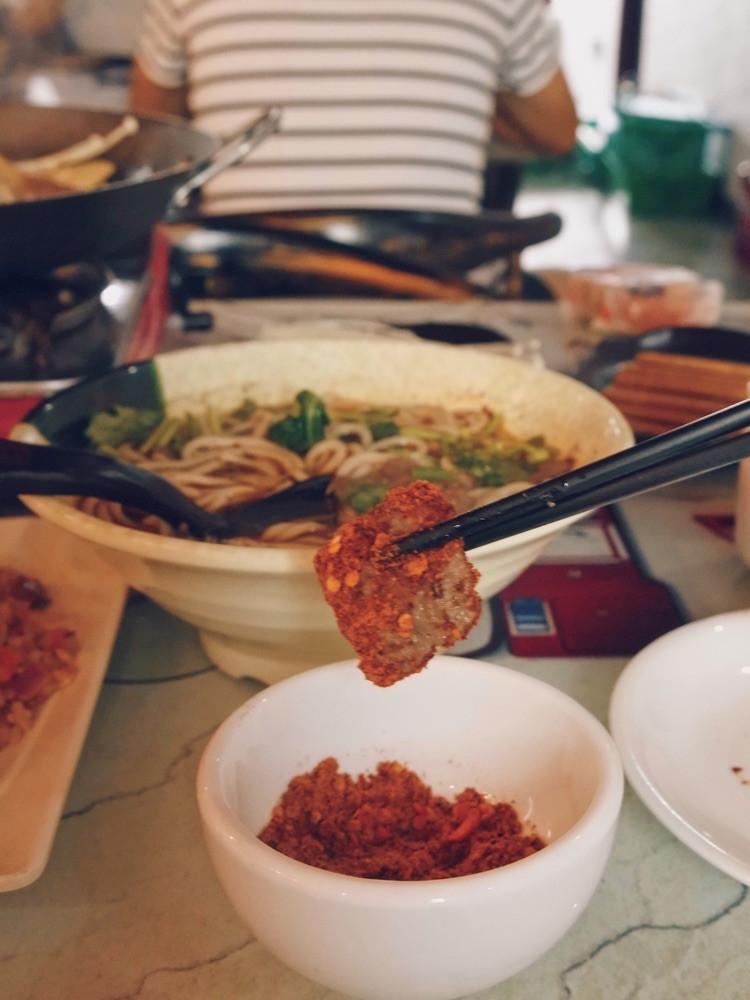 """一直特别想吃贵州的小吃""""烙锅"""",在天津居然就有很正宗的!图8"""