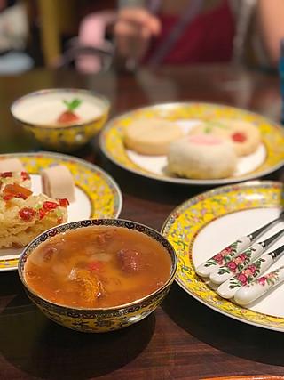 chrisQ董小仙的来老北京的饽饽铺品尝中式下午茶