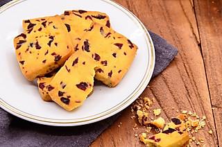 华子12022的酥脆香甜的蔓越莓饼干