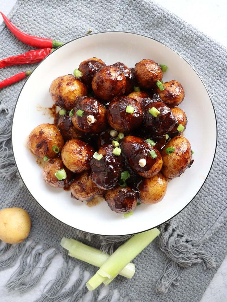 好吃的酱焖小土豆图3