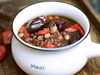 爱美食的拉拉的五红汤