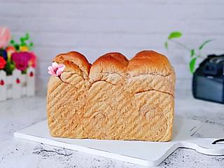 枭笑的黑麦吐司面包#德运甜品战#
