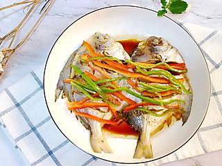 薇小厨美食记的关于这些做鱼好吃又简单的小技巧,只有骨灰级选手才知道!