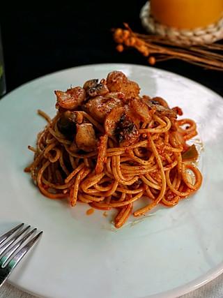 鱼日小厨的意面这样做更好吃,有虾有菜营养又健康