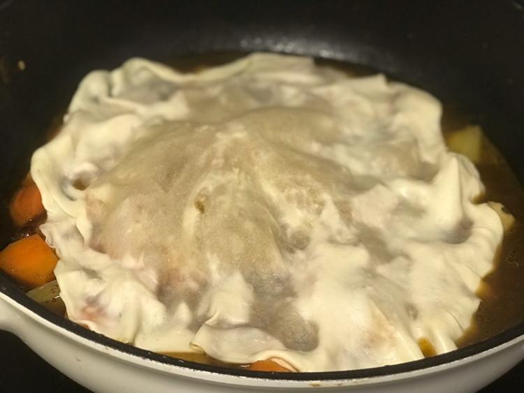 羊肉烀饼,浸透着菜肴的汤汁异常美味!图6