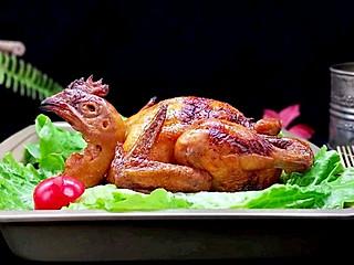 枭笑的从来没烤过这么好吃的鸡,家人称赞味道一级棒~#硬核家常菜#