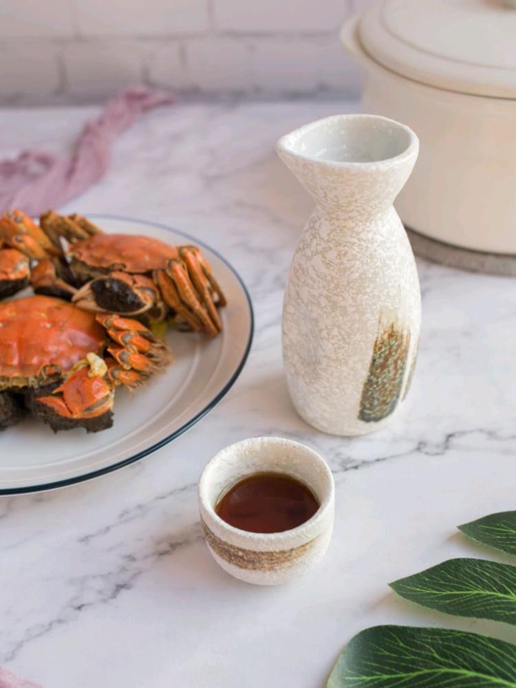 吃螃蟹要来一杯热热的黄酒才有仪式感呢图2