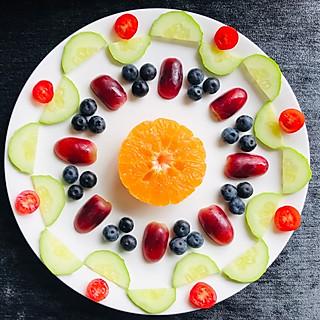 晚凉~文霞的水果蔬菜拼盘~轴对称图形的美