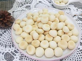 阿凡sun的家庭自制同款旺仔小馒头,酥脆香甜入口即化的香酥小馒头