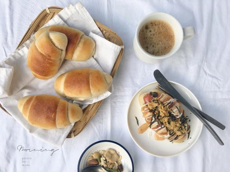 """米粉面包卷原来用大米面包粉做的面包这么软给""""哥哥""""做成了热狗他好喜欢图5"""