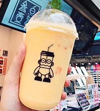 苡宁的香港火爆旺角的霸气水果茶!一大杯25超好喝