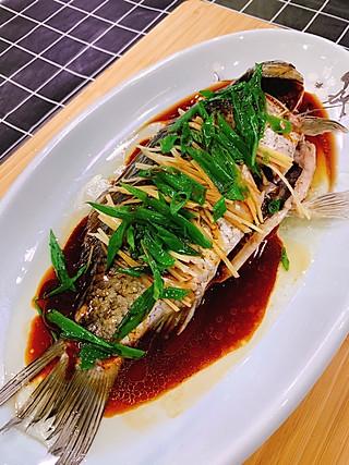 秋食工作室的清蒸鱼去腥不用料酒⁉️这两种常见配料就能帮你轻松去腥味