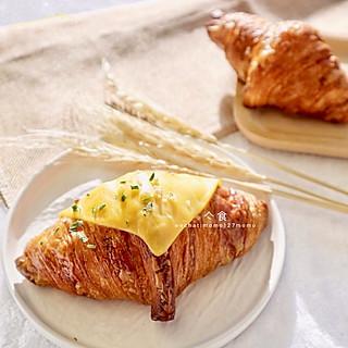 亽食cheecee的这是一家号称殿堂级可颂🥐的面包店