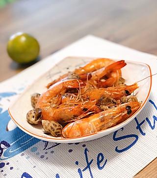 好动爱吃鬼Arya的🌟减脂菜搭配~盐焗大虾花螺+盐水菜心