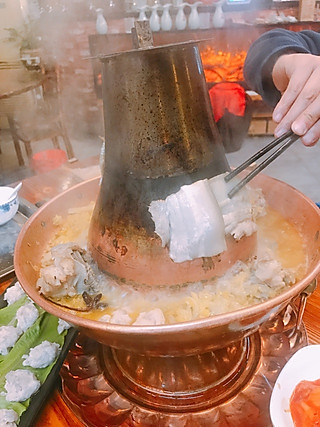 虎仔小麦的探店_东北火锅店