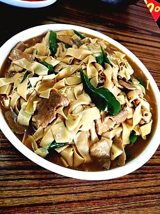 东北神菜——尖椒干豆腐,沾点米醋辣椒油我控制不住了