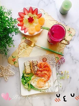 筝上神的早睡早起才有空做早饭啦~作息终于调整过来了~😆😆😆