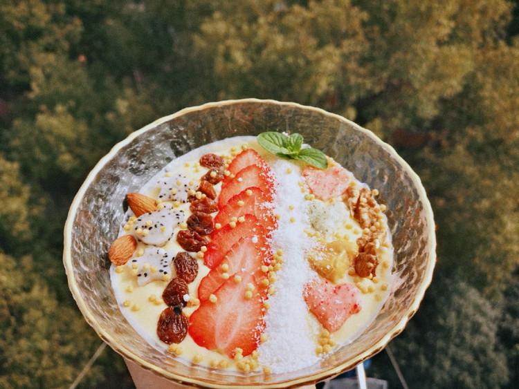 低脂健康下午茶之芒果酸奶杂果思慕雪图1