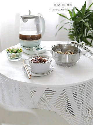 亦荷yihe的一人食—红豆薏米排骨汤,搭配红糖芝麻酱小花卷
