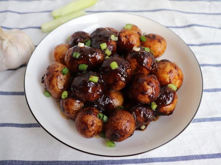 好吃的酱焖小土豆图2